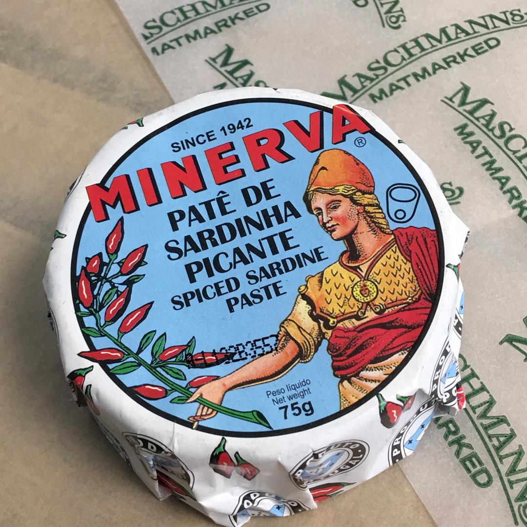 Minerva spicy sardine paste