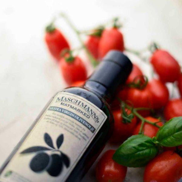 Olivenolje og tomater