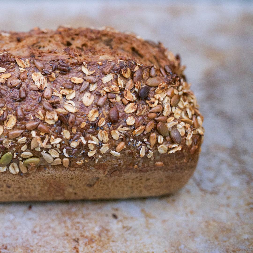 økologisk 7-kornbrød fra Maschmanns Bakeri