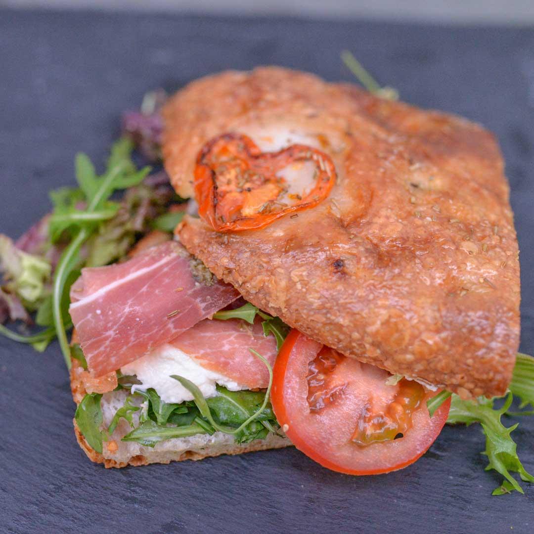 Focaccia Parma Sandwich fra Maschmanns Bakeri