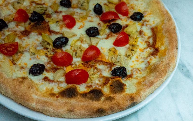 Pizza verdure fra Maschmanns Bakeri