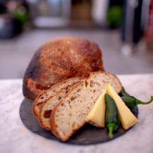 cheddar-og-jalapenobrød